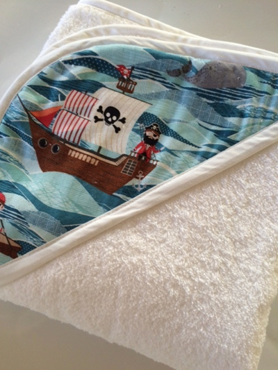 Hooded Towel - Pirates